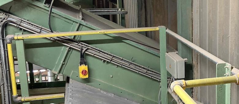 Vortex Roller Gate Provides Solution for UK Animal Bedding Production Facility