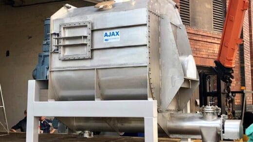 Agitated Screw Feeders Simplify Powder Processing