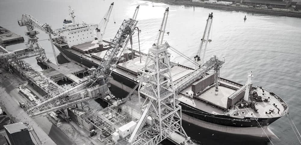 Ship unloading bulk materials bulkinside